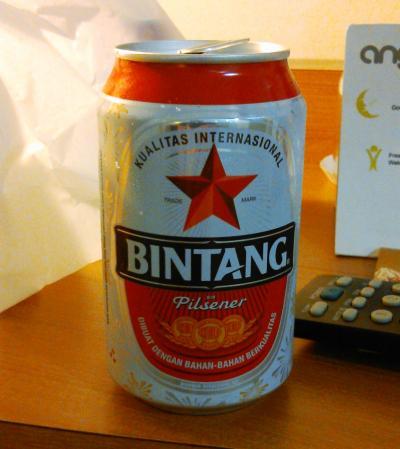 マリオボロ通りで、ビールが購入できる場所、ここしかないよ!