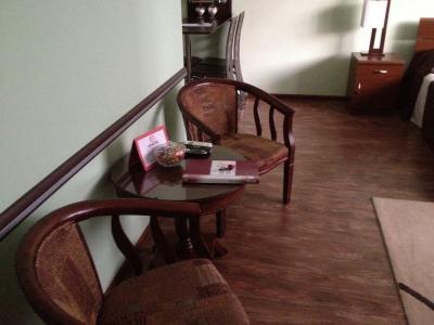 ウェルカムキャンディーの載ったテーブル。