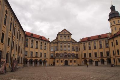 ラジヴィル家の繁栄を表す贅沢な宮殿。