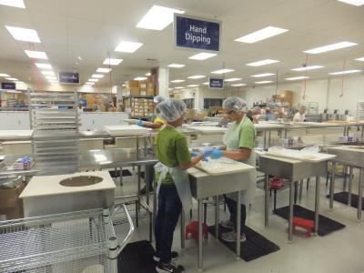 製造直売の、人気のお菓子屋さん