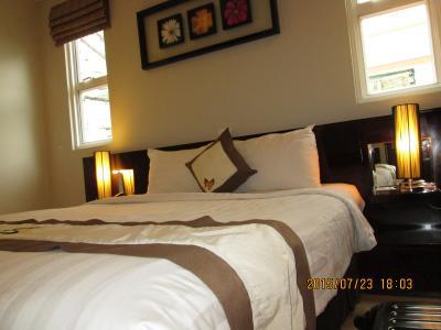 サヌバ サイゴン ホテル