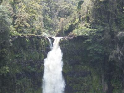 滝から出る、マイナスイオンを浴びまくり