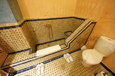 シャワー処とトイレ