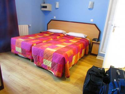モンマルトルの格安ホテル