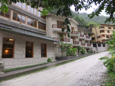 ホテル 正面右側