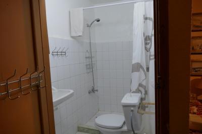 Hotシャワーは5pmからです