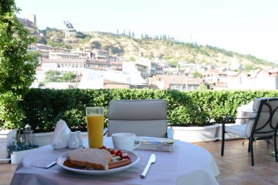 屋上テラスで頂く朝食は最高!