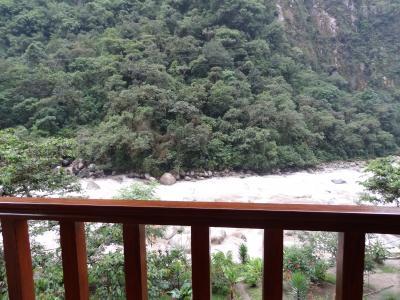 目の前はウルバンバ川