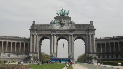 凱旋門と3つの博物館