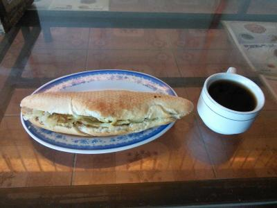 直食はパンとコーヒー