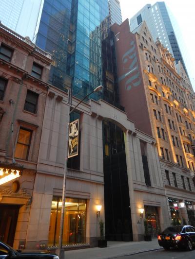 別館的な隣の ザ プレミア ホテル ニューヨークに泊まりました。