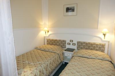 独立した感じのベッドルーム