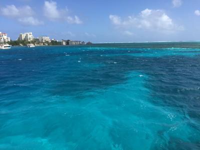 七色の海を持つサンアンドレス島