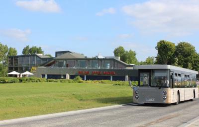 ホテルとシャトルバス