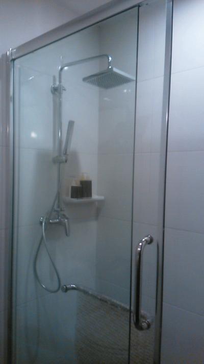 ハンドシャワーがあるので快適でした