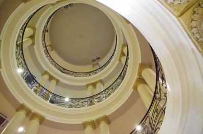 おしゃれな螺旋階段