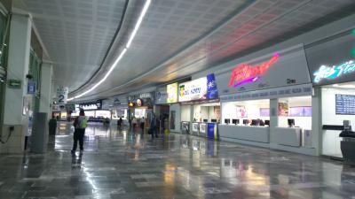北バスターミナル-テオティワカン行きバス