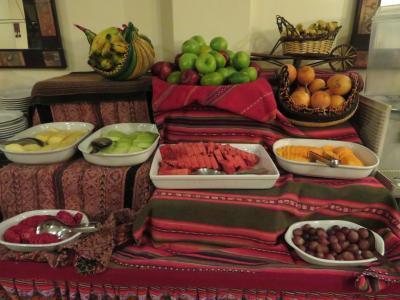 朝食時のフルーツ