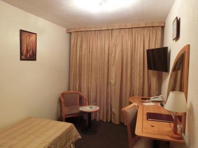 ロシア初日に日本から来ると、安心できるホテル。