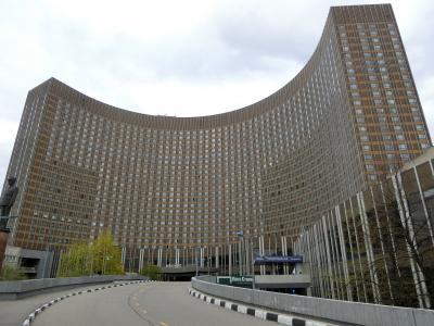 ソ連時代を感じさせてくれる大きなホテル。