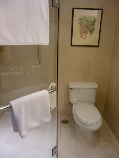 バスルームも広々!