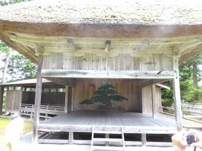 佐渡島最古の能舞台がある