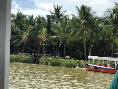 川からのホテル