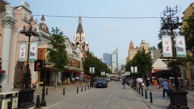 ロシア風土産物店街