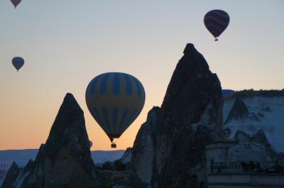 ベランダから見た気球