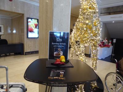 フロントにはクリスマス飾りがありました