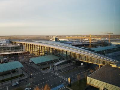 南向きの部屋だったので、空港が見えました