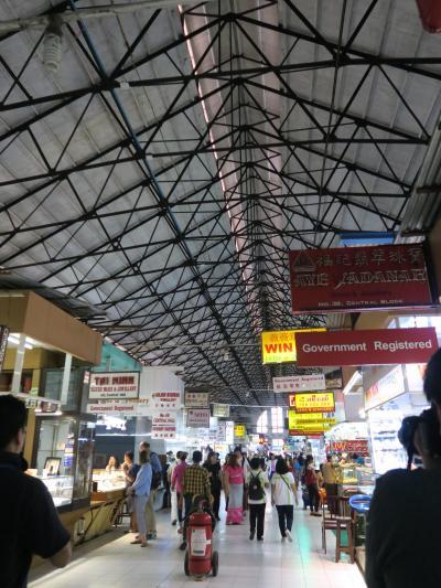 ヤンゴン最大の市場