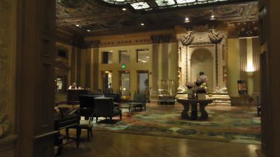ビルトモアホテル フロント