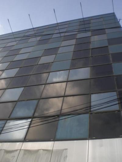 さくらタワーホテルの外観です。タワーの名前だけあり高いですね