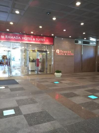 ホテルの入口です