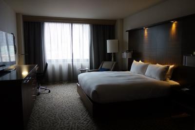 たしか一番安い部屋だったけど、こんなに広々。23階。