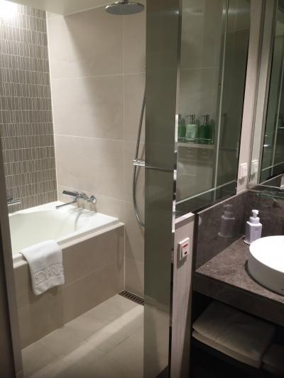 洗い場に湯船も。風呂トイレは別です。