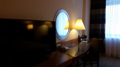 机とテレビ
