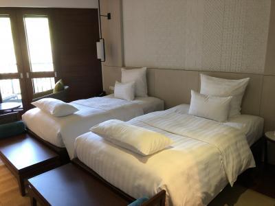 ベッドは柔らかい。もう少し堅い方が好きです
