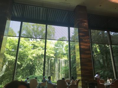 大阪の老舗ホテル