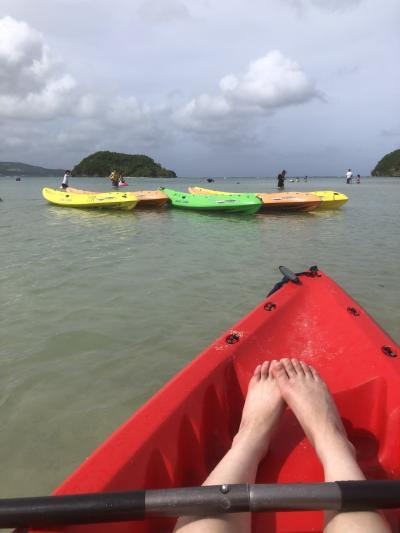 ホテルの目の前の海と無人島