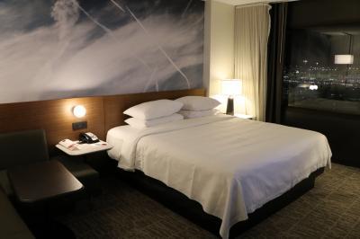 空港すぐの非常に快適なホテル