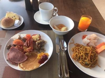 朝食はビュッフェスタイル。十分な品ぞろえです。