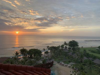 部屋からの夕日