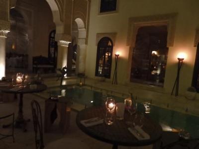 夜のbar lounge L'Arcazarは最高のムード