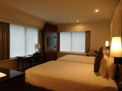 ダブルベッド2台の部屋。