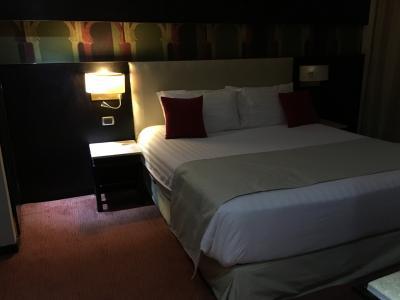 ダブルベットで快適な寝室