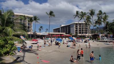 街に近く、ビーチも楽しめるホテル
