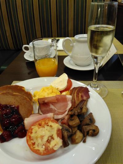 ブッフェの朝食。