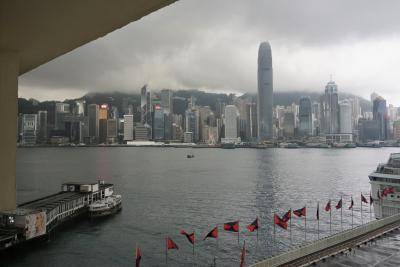部屋から香港島がバッチリ